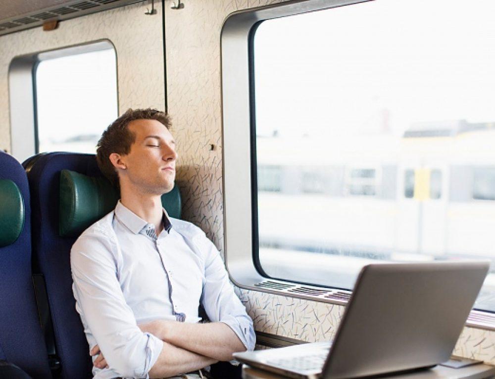 Non sei stanco di spendere soldi e sprecare ore di lavoro per le trasferte?