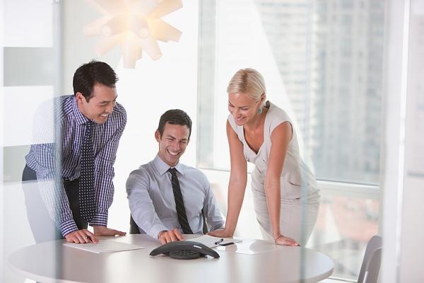 come risparmiare tempo e denaro con le conference call