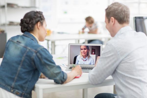 vantaggi della videoconferenza